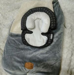 JJ Cole car seat cover and infant headrest